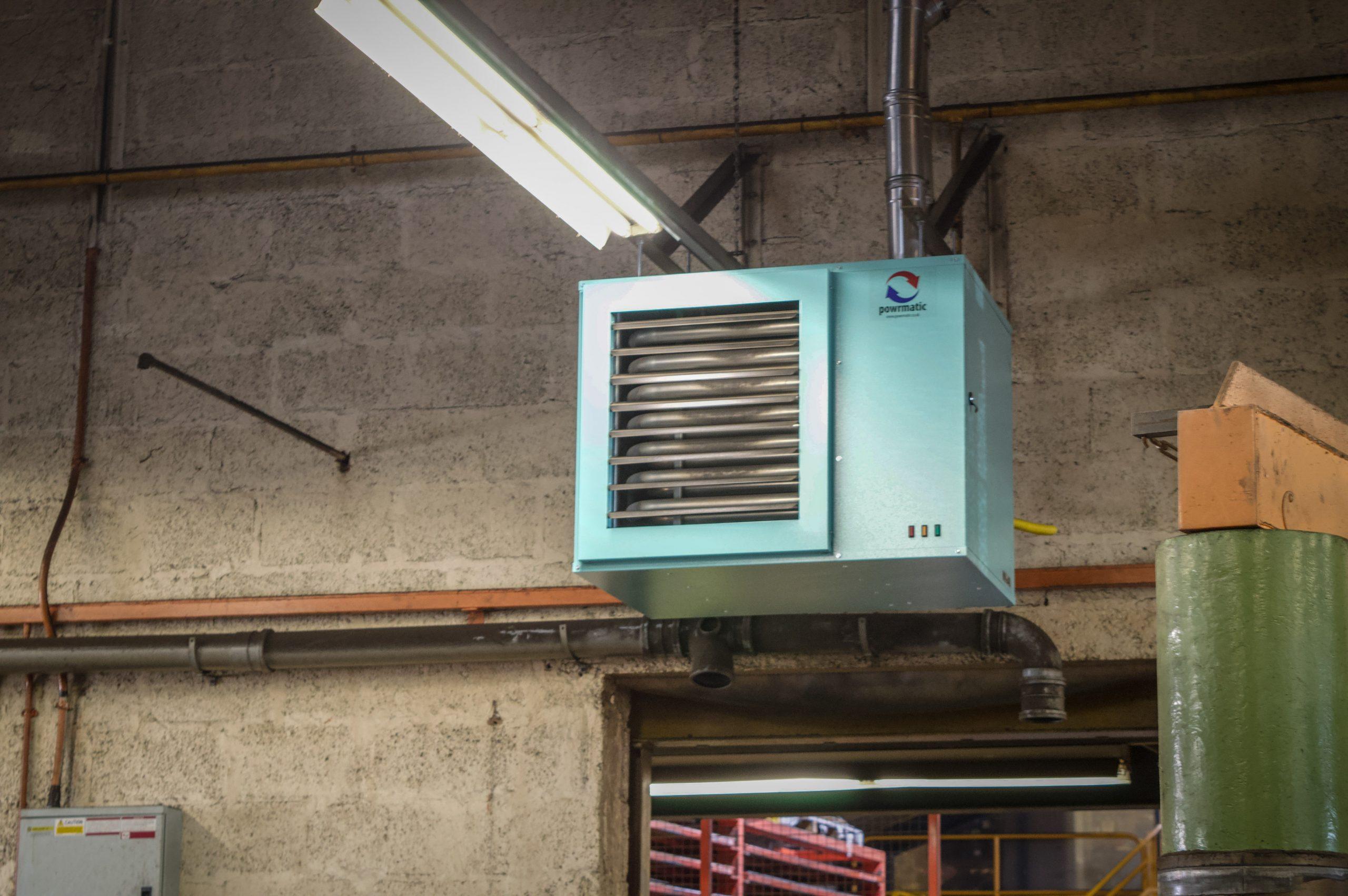 destratification fans to heat the warehouse workshop